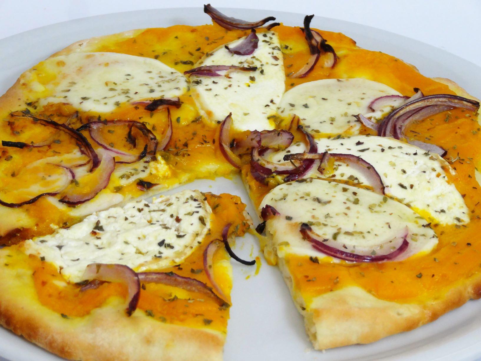 Pizza Con Salsa De Calabaza